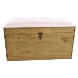 Large solid mango wood storage chest with iron handles and padlock clasp finished in a light oak finish